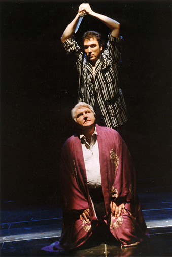 Patrick Page as Hamelt at Indiana Repertory Theatre